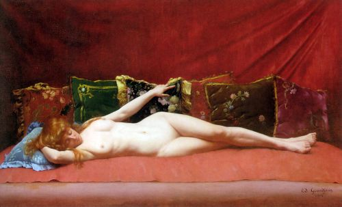 femme-nue-allongee