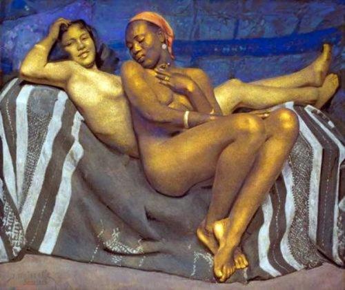 Modèle nu alongeé, une femme noire assise à ses côtés