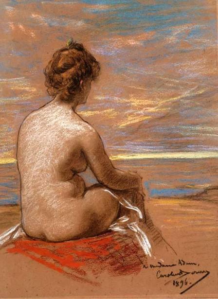 Une femme nue assise vue  de dos regardant la mer