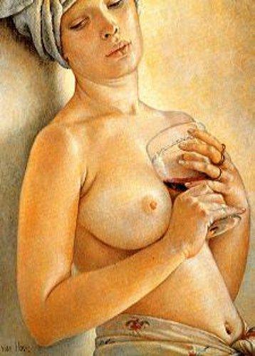 Lydia con il bicchiere di vino