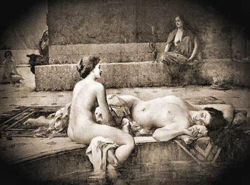 Repos dans une piscine orientale