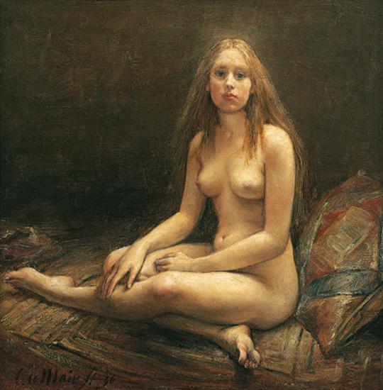 Фото дама сидит голая
