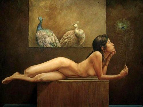 Desnudo con pavo reales