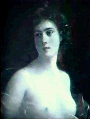 An Elegant Lady Bust
