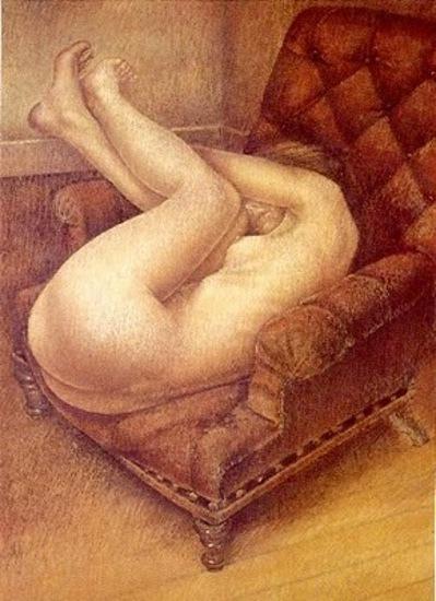 Mujer en el sillon