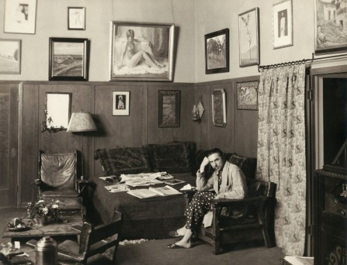 Clara Bow nude portrait hanging in Bela Lugosi's home