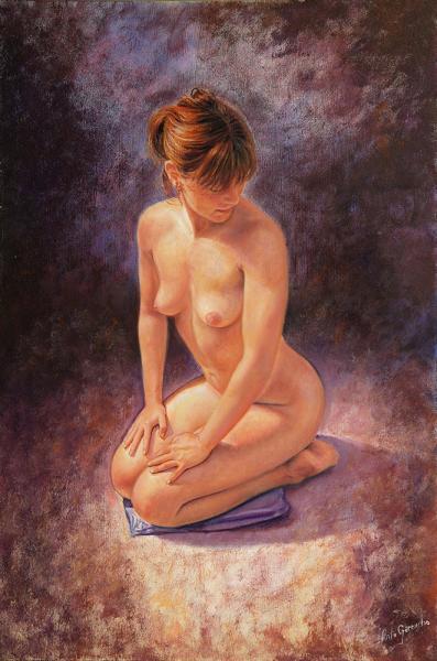 Desnudo sentada de rodillas
